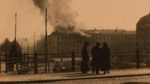 Turun kasarmi palaa 13.4.1918.