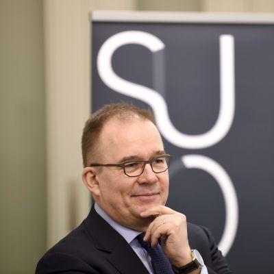 Suojelupoliisin päällikkö Antti Pelttari Supon tiedotustilaisuudessa