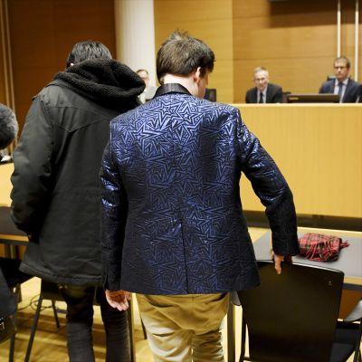 Helsingin käräjäoikeudessa alkamassa maanantaina pankkeihin ja mediaan kohdistuneisiin palvelunestohyökkäyksiin liittyvien rikossyytteiden pääkäsittely.