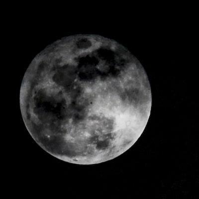Täysi kuu