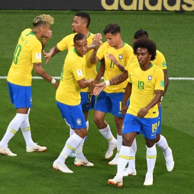 Brasilien firar ett mål