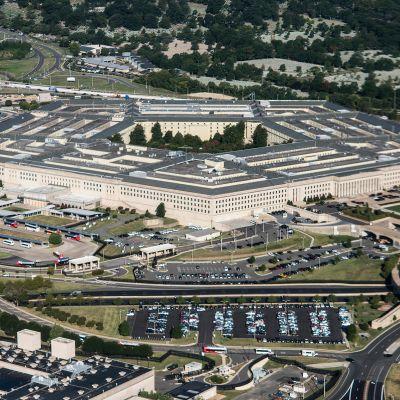 Yhdysvaltain puolustusministeriö Pentagon ulkoapäin.