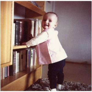 Kirjailija Paula Havaste vauvana.