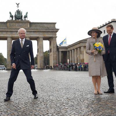 Kaarle Kustaa, Silvia ja Michael Müller.