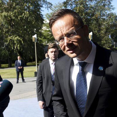 Unkarin ulkoministeri Péter Szijjártó EU-maiden ulkoministrien tapaamisessa Helsingissä 29. elokuuta.