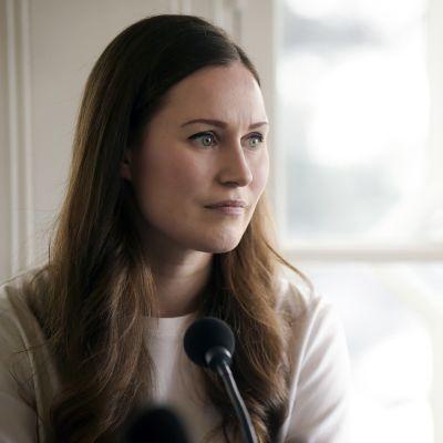 Pääministeri Sanna Marin Radio Suomen pääministerin haastattelutuntilla Kesärannassa 8. maaliskuuta.