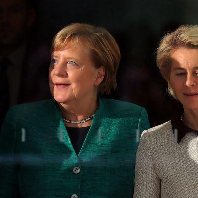 Angela Merkel ja Ursula von der Leyen