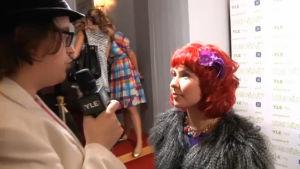 Sippo haastattelee Suvi Hurmetta.