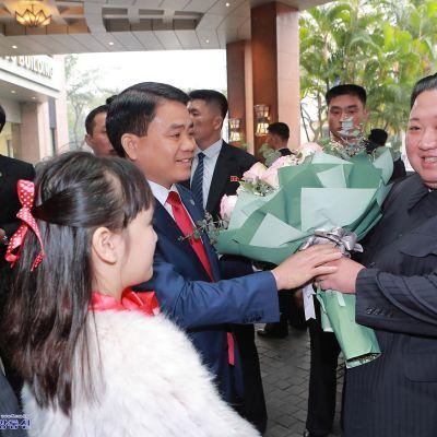 Kim Jong-un saapui Hanoihin tiistaina.