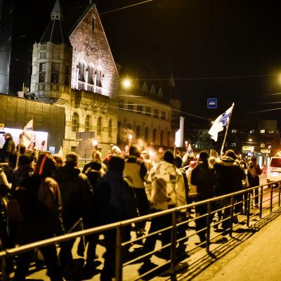 Demonstranter på självständighetsdagen.