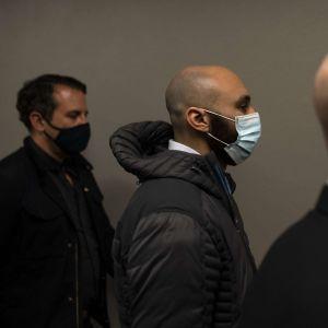 Kuvassa George Floydin kuolemantapauksessa avunannosta syytetty J. Alexander Keung.
