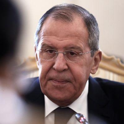 Ulkoministeri Sergei Lavrov tapaamisessaan Bangladeshin ulkoministerin kanssa huhtikuun lopussa.