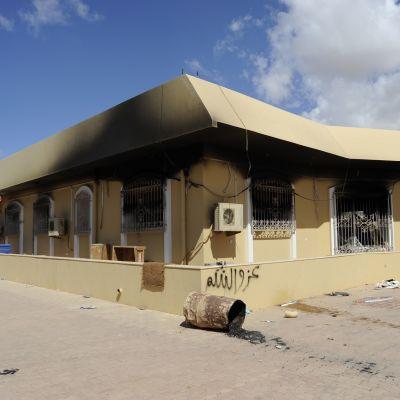 Yhdysvaltain konsulaatti syyskuun 11. päivän hyökkäyksen jäljiltä vuonna 2012.
