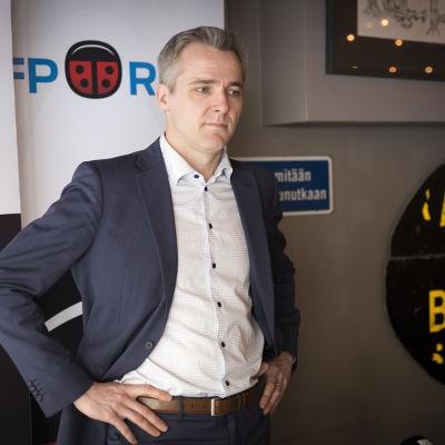 kansanedustaja Anders Adlercreutz, henkilökuva