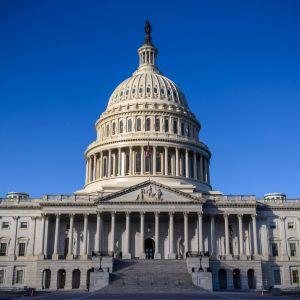Yhdysvaltain kongressin Capitol-rakennus kuvattuna joulukuussa 2020.