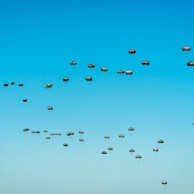Naton sotaharjoitus Puolassa.