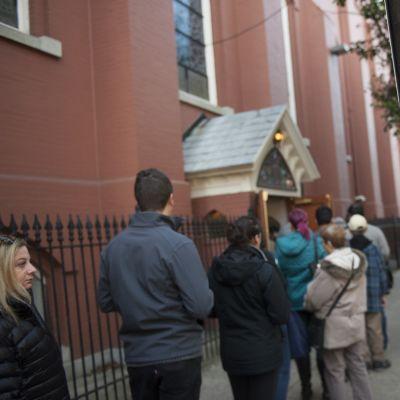 Ihmisiä jonottamassa äänestämään Philadelphiassa, Pennsylvaniassa 8. marraskuuta.