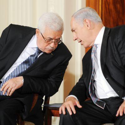 Benjamin Netanjahu ja Mahmud Abbas  tapaavat washingtonissa.