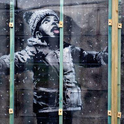 Banksy graffiti.