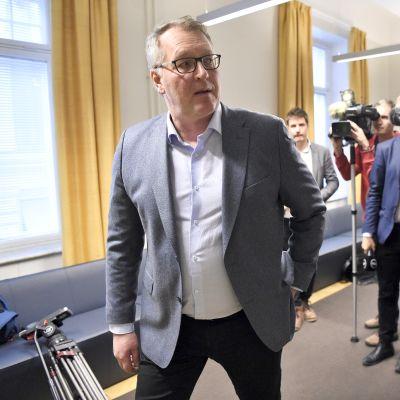 Paperiliiton puheenjohtaja Petri Vanhala Paperiliiton ja Metsäteollisuuden työriidan sovittelussa valtakunnansovittelijan toimistolla Helsingissä 31. tammikuuta.