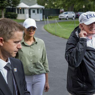 Yhdysvaltain presidentti Donald Trump ja puoliso Melania Trump.