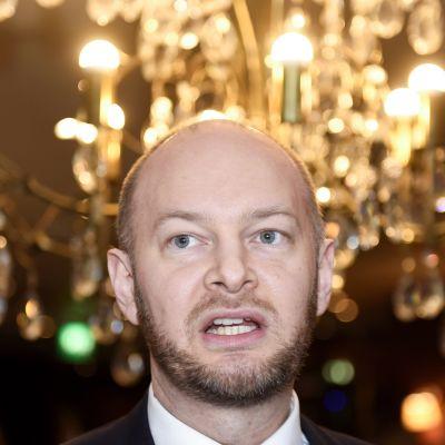 Puolueen puheenjohtaja Sampo Terho sinisten vaaliohjelman julkistamistilaisuudessa Helsingissä 8. helmikuuta.