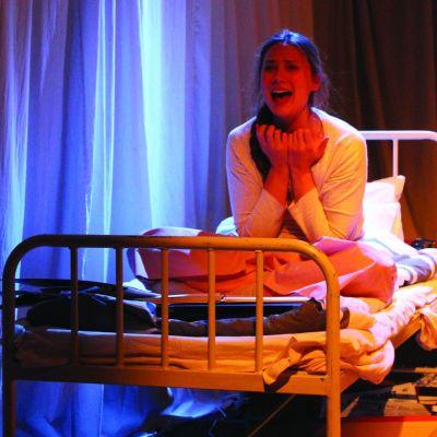 Pjäsen den älskande handlar om Linda Sibelius liv.
