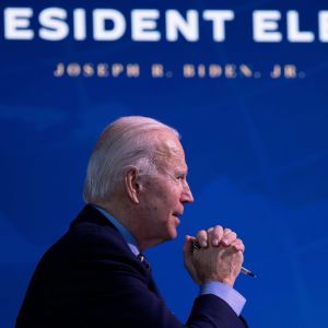 Joe Biden puhuu ulkopolitiikan ja turvallisuuden kokouksessaan.