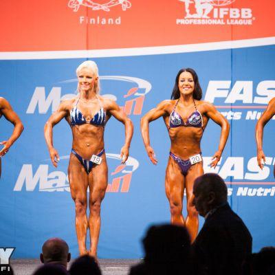 Hanna Autti kilpaili body fitnessin SM-kisoissa Lahdessa numerolla 19.