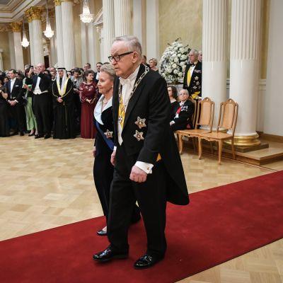 Presidentti Martti Ahtisaari ja puoliso Eeva Ahtisaari.