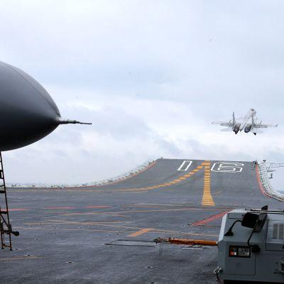 Liaoning Etelä-Kiinan merellä 2. tammikuuta.