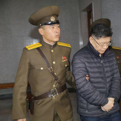 Hyeon Soo-Lim saatettiin oikeuden eteen Pjongjangissa 16. joulukuuta 2015.