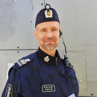 Ylikomisario Jari Taponen Helsingin poliisista