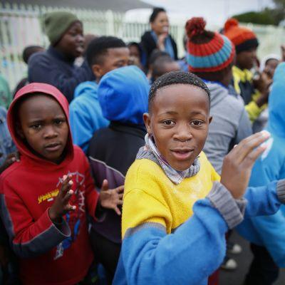 Etelä-afrikkalaisia lapsia Mandela-päivänä 2014.