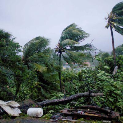 Hurrikaani Maria saapumassa Guadeloupen saarille 19. syyskuuta.