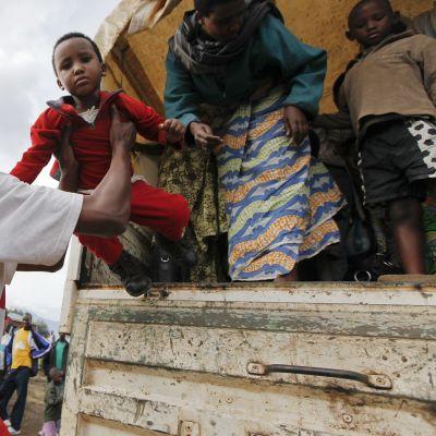 Kongolaisia pakolaisia Ruandassa toukokuussa 2012.