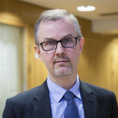 Alivaltiosihteeri Tuomas Saarenheimo.