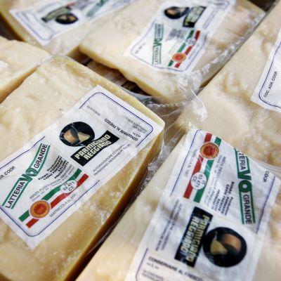 Parmesan-juustoja