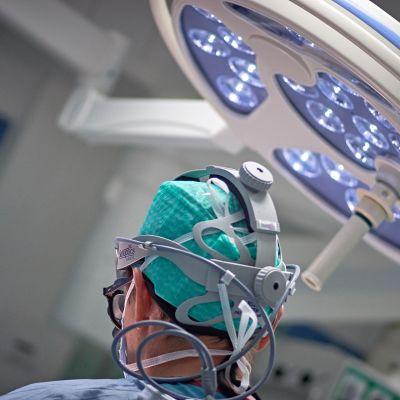 Kirurgi työssään