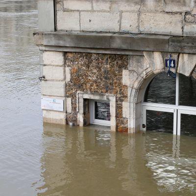 Seine-joen tulva eiliseltä pävältä.