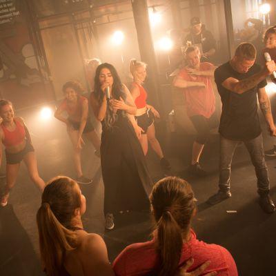 Aste ja Evelina esiintyvät SuomiLOVEn 4. kaudella.