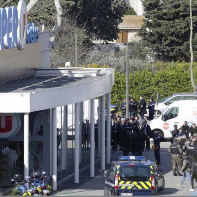 Supermarketti, jossa terrori-isku.