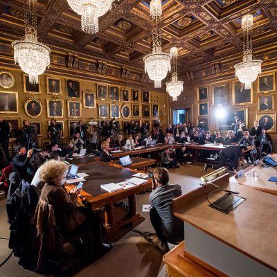 Ruotsin akatemiassa Nobel-palkintojen julkistamistilaisuus