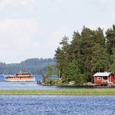 Maisema Kuopion Väinölänniemeltä Kallavedelle.