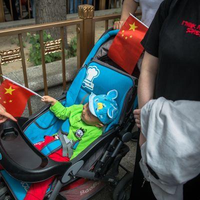Kiina höllensi yhden lapsen politiikkaansa vuonna 2015.