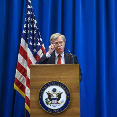 Yhdysvaltain kansallisen turvallisuuden neuvonantaja John Bolton puhui lehdistölle tavattuaan Venäjän edustajan Nikolai Patruševin Genevessä.