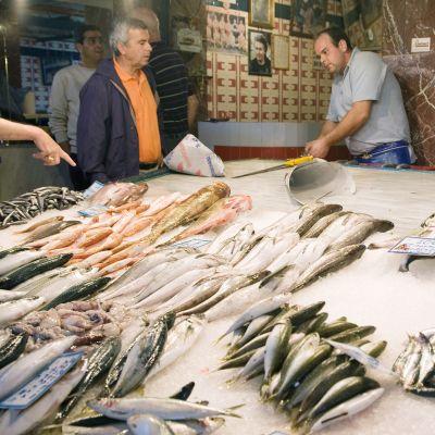 Kalakauppias Kreikan Haniassa.