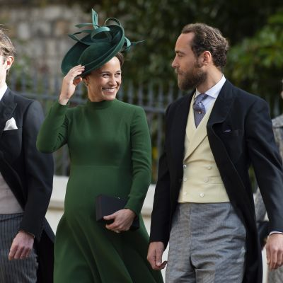 James Matthews, Pippa Middleton ja Pipan veli James Middleton prinsessa Eugenien ja Jack Brooksbankin häissä.