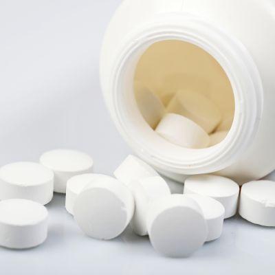 D Kalsium -ja D3-vitamiinivalmiste.