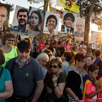 Mielenosoitus Sant Joan de Vilatorradassa.